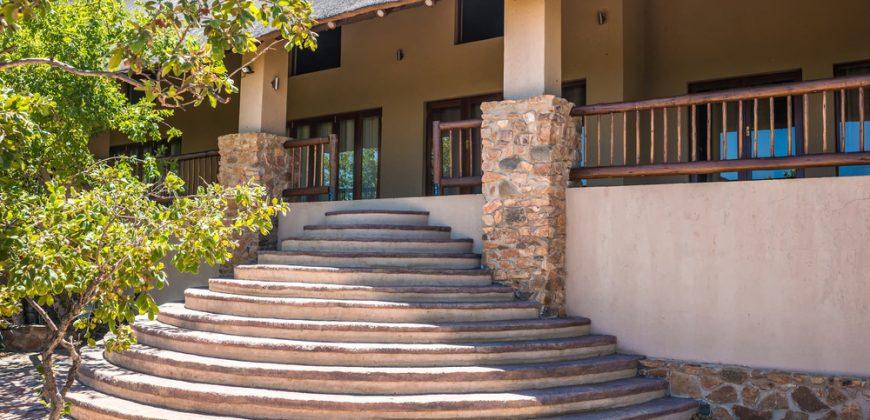 PRM018: Toeka Lodge